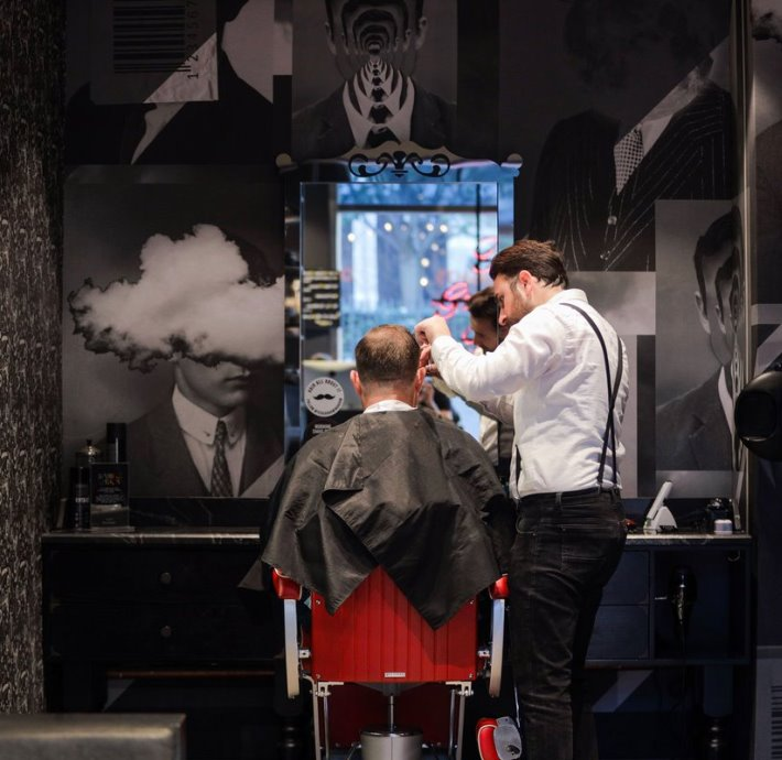 Ted's Grooming Room