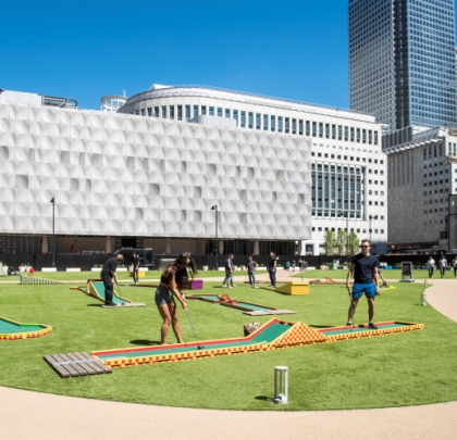 Minigolf at Bank Street Park, Canary Wharf