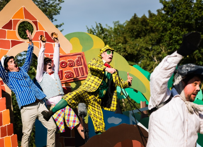Immersion Theatre presents The Wind in the Willows