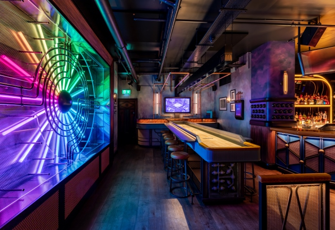 Book Now: Electric Shuffleboard and Films in Canary Wharf