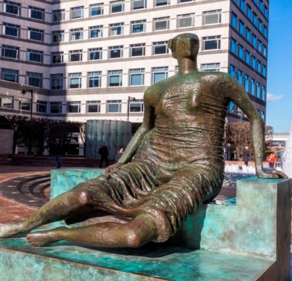 Henry Moore's 'Draped Seated Woman' in Cabot Square