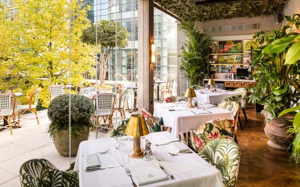 Al Fresco Drinking & Dining at Canary Wharf